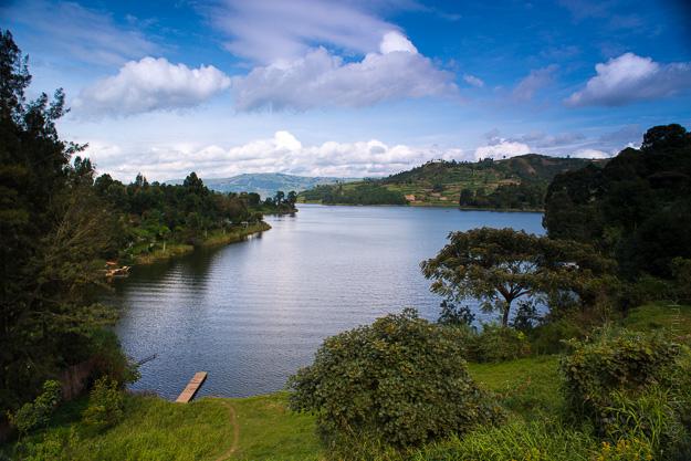 озеро Буньоні